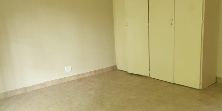 to rent in pretoria east 2 bedroom