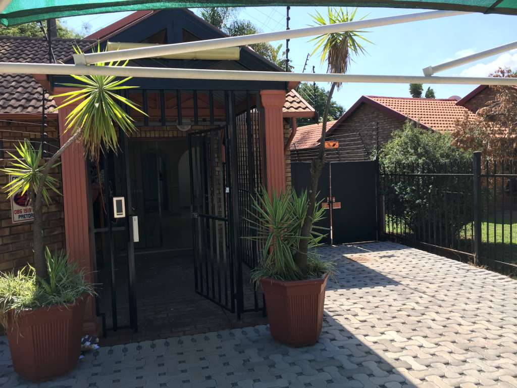 3 Bedroom Home with Business/Office Space
