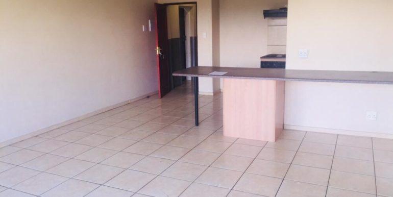 Loerie Park Apartment 07 - picture (2)