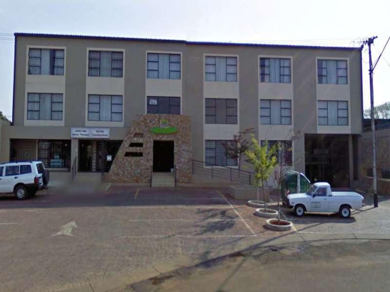 2 Bedroom Apartment 1st Floor to rent in Silverton